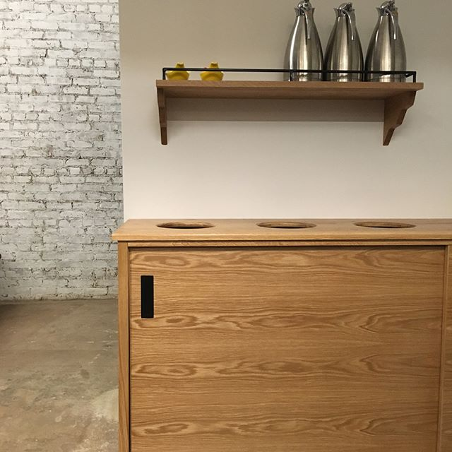 Go check out some cool oak pieces @mottleykitchen in Mott haven that I just finished. Very good people and very good food/baked goods.  #thebronx #carpentry#woodworking#woodandmetal#bronxwoodworks #mottleykitchen