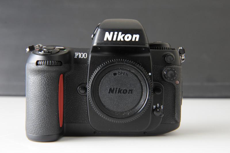 Nikon F100 35mm Film Camera