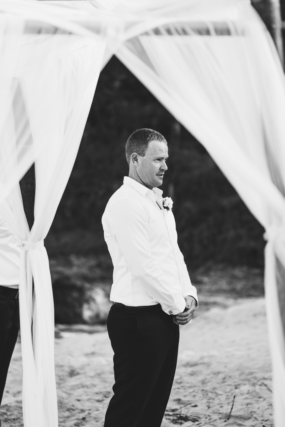 Gold-coast-froggies-coolangatta-wedding-4013.jpg