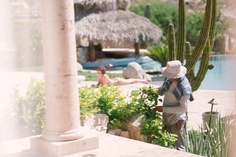 nat-locky-cabo-san-lucas-mexican-destination-wedding-9.jpg