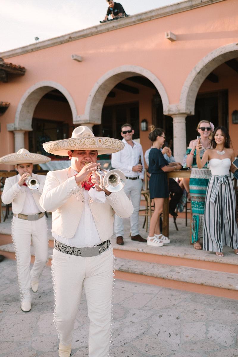 nat-locky-cabo-san-lucas-mexican-destination-wedding-62.jpg