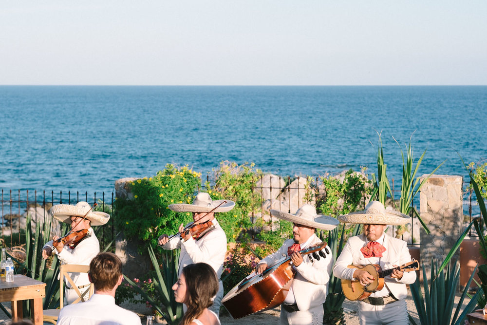 nat-locky-cabo-san-lucas-mexican-destination-wedding-60.jpg