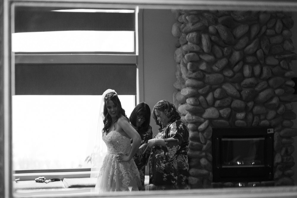 Mt-tamborine-wedding-st-bernards-55.jpg