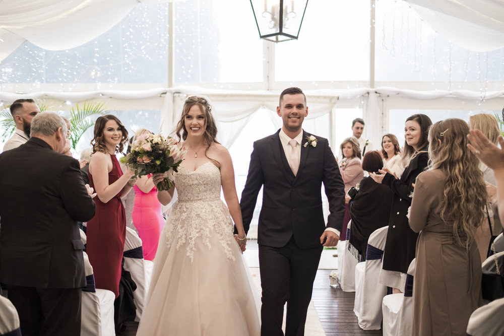 Mt-tamborine-wedding-st-bernards-75.jpg