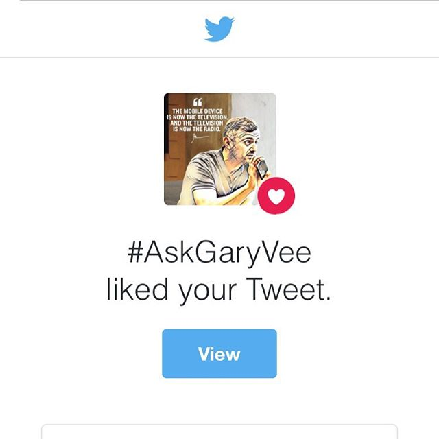 We like you too @garyvee 👊 #rblm