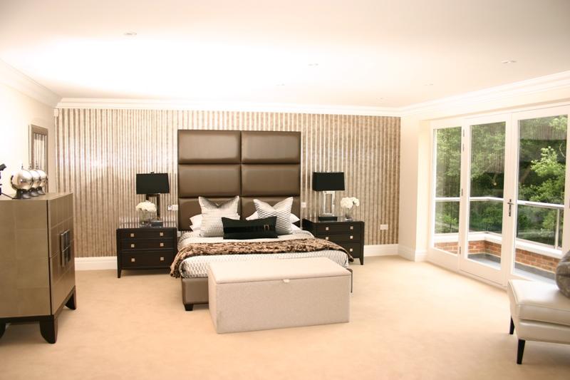 The Spinney Bedroom.jpg