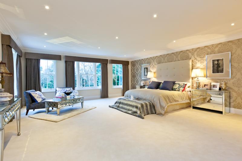 Knightshayes Master Bedroom.jpg