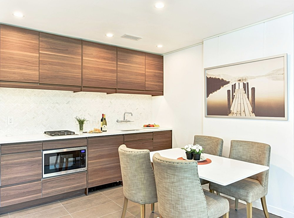 Contemporary Kitchen Design by Jackie Chalkley