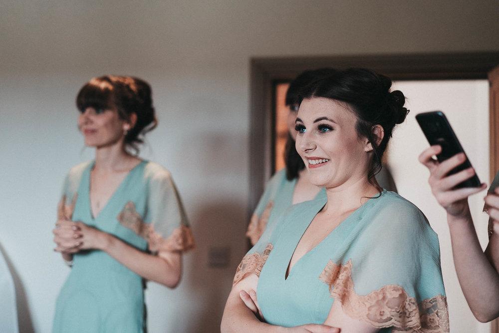 excited-bridesmaids