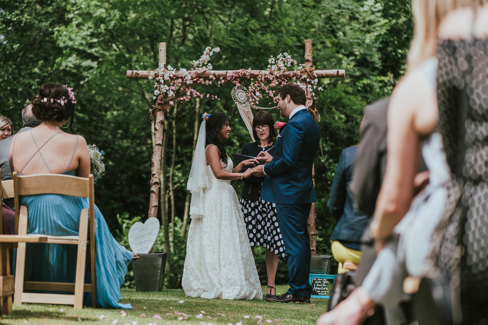 midlands-outdoor-wedding-ceremony
