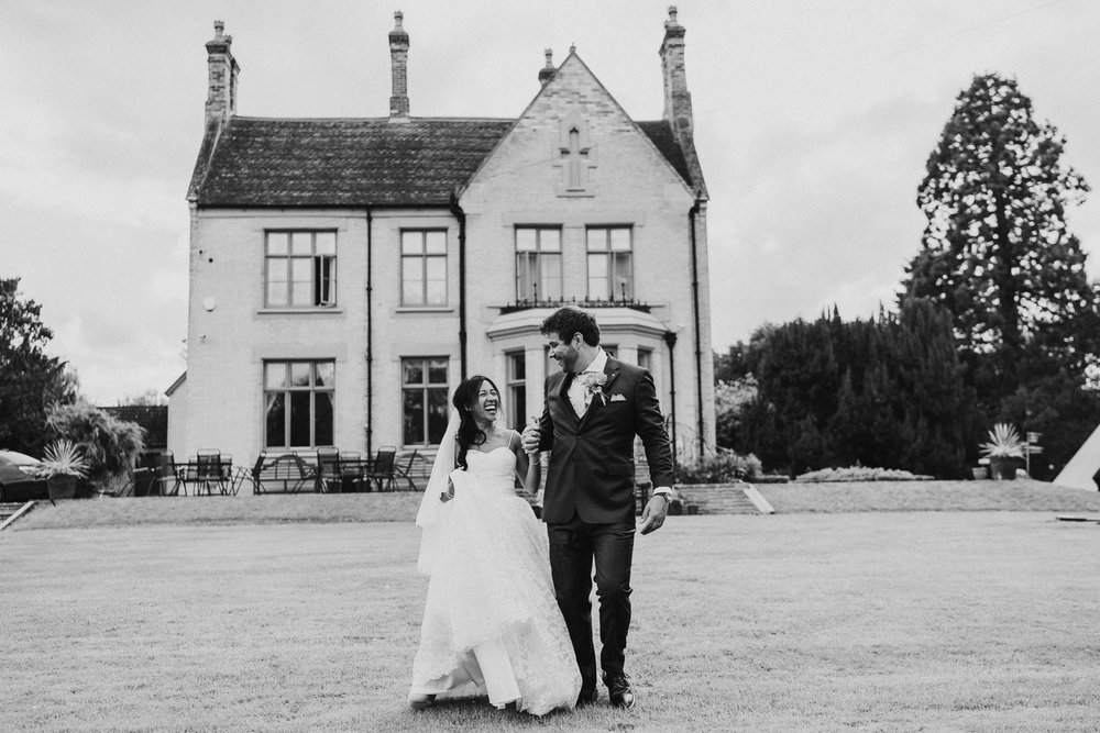 bride-and-groom-oldberrow-hall