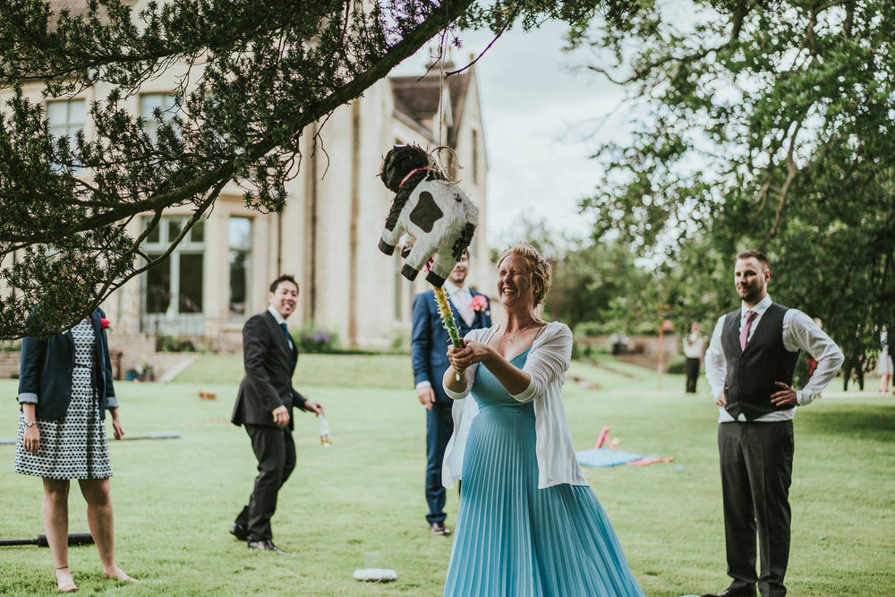 wedding-pinata-uk