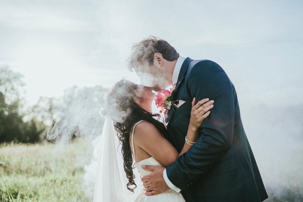 smoke-bomb-wedding-pictures