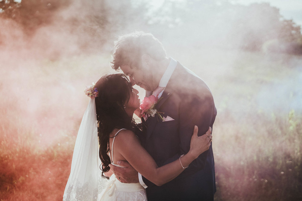 smoke-grenade-wedding-pictures