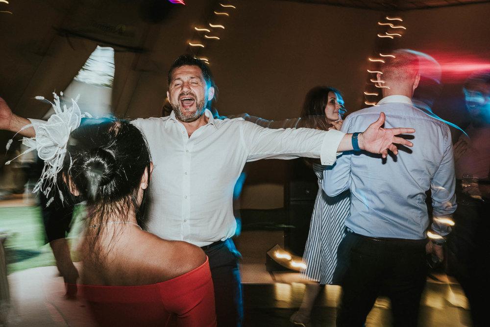 shutter-drag-wedding-photography