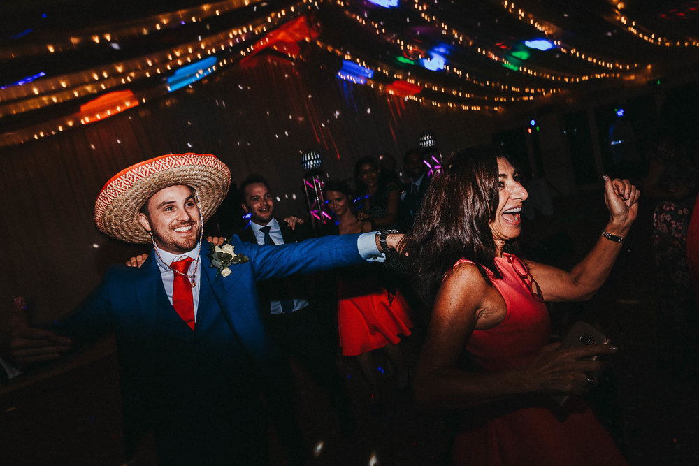 wedding-sombrero