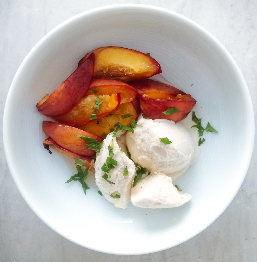 Healthy Oppo ice cream with Peaches and Mint