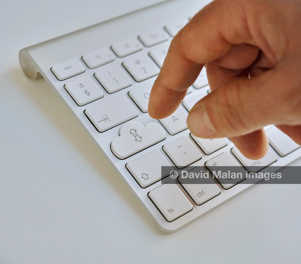 DMPCRF201110_02_04.jpg
