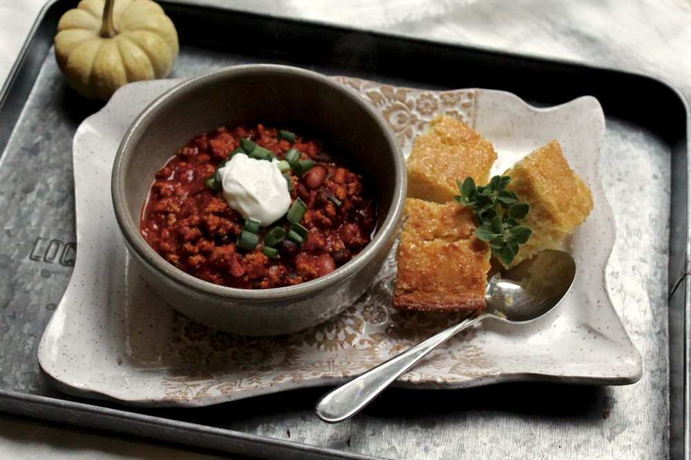 When we met up with Claire at her home last Sunday, she had a big pot of Turkey Chili cooking on the stove. It was a cold and rainy day. She served us chili and tea and it was perfect. Steve insisted her cornbread was more like cake than cornbread. Needless to say, he loved it.