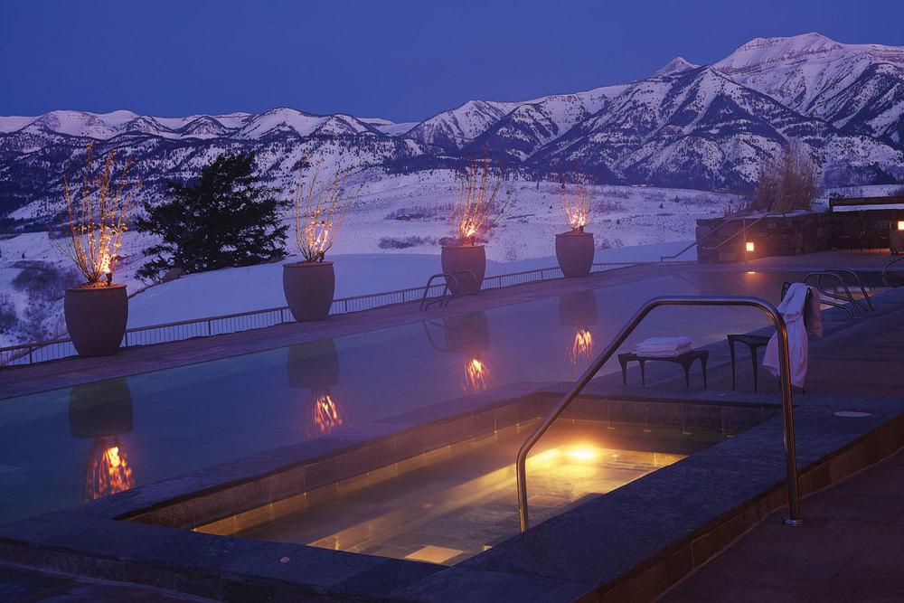 Jet to Amangani Jackson Hole for powdery pistes and unrivaled luxury.