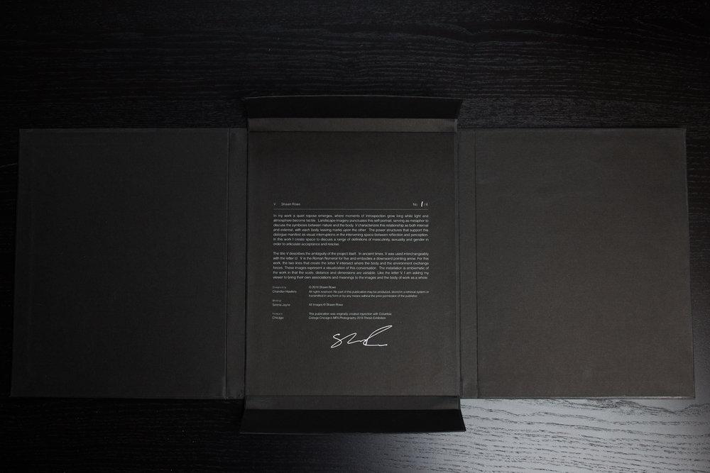 V_Book-3.jpg