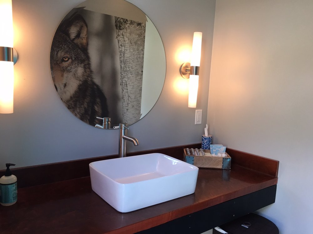 Each of our six private bathrooms is stocked with all-natural bath products, fluffy towels, and rain shower heads.