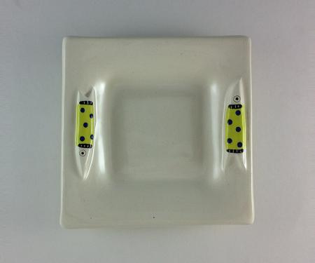 Plate_Square_Fish_ChartBlueDots_lg.png