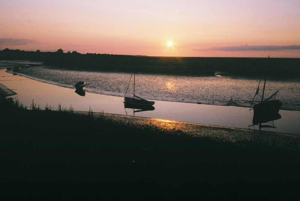 Walking on the cedar fences, sea defences, seed offences. The broads.   n.b There are no good camp spots in a giant salt marsh…