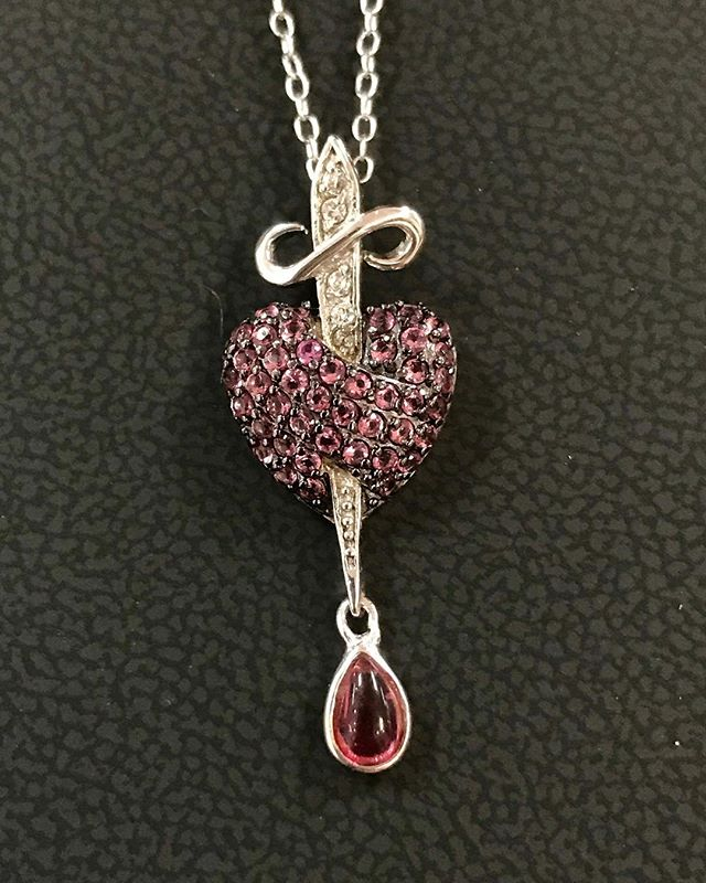Hey heartbreakers check out this unique and one of a kind piece! Stop in at Condons for special pricing! #jewelryaddict #jewelry #heartbreak #heart #heartbreaker #rocknroll #dagger #love