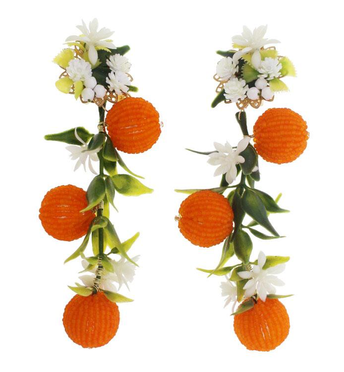 Mercedes Salazar Aretes Naranjas