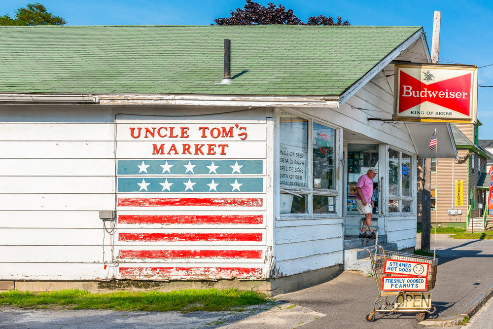 uncle_tom's_market_maine.jpg