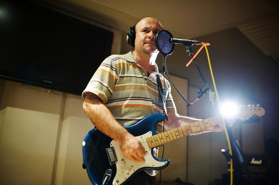 Bob Moon, Live Room, CDIA Studios - Photo by Johnny Arguedas.jpg