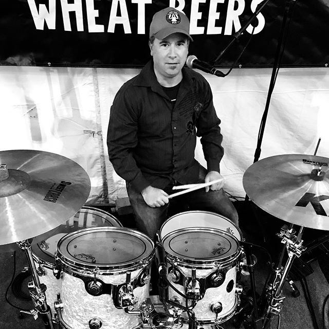 @gmoon71 ate his Wheaties and #wheatbeer before tonight's show at @thunderroadclub for #americana #sundays