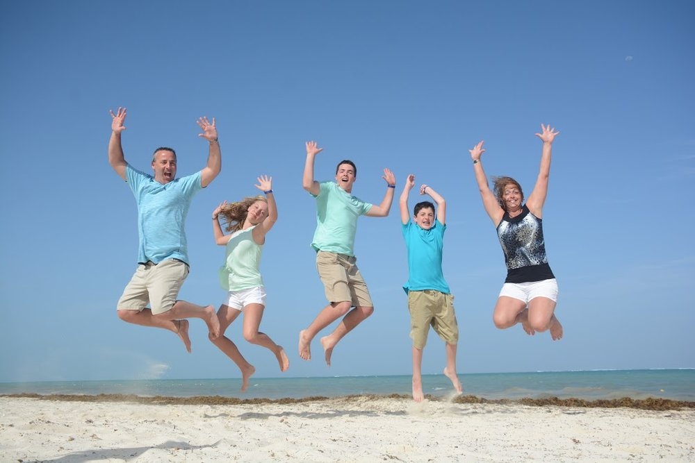 Flynn Family PHoto Jump.jpg