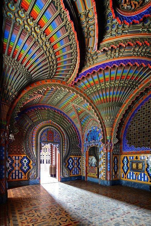 Peacock Room, Castle of Sammezzano, Tuscany, Italy. (Image:  Castles and Manor Houses around the World )