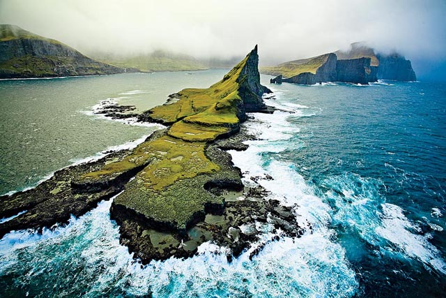 Birds eye view of the Faroes. (Photo: Sergio Villalba)