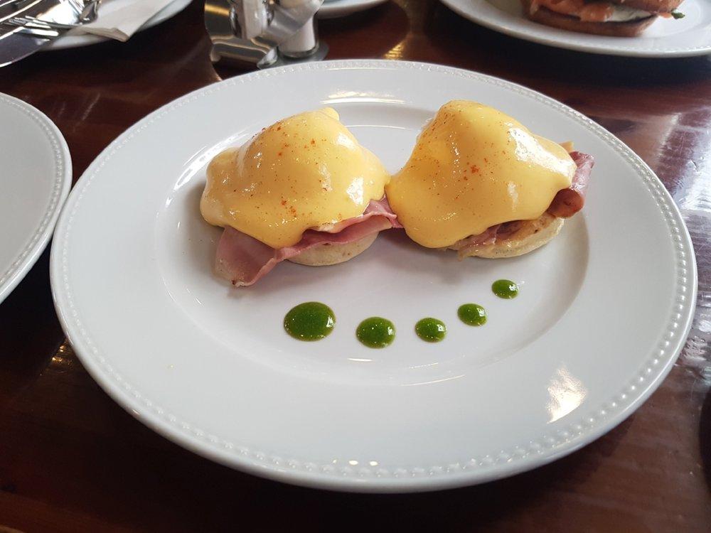 Eggs Benedict - Cirkusz Bupdapest