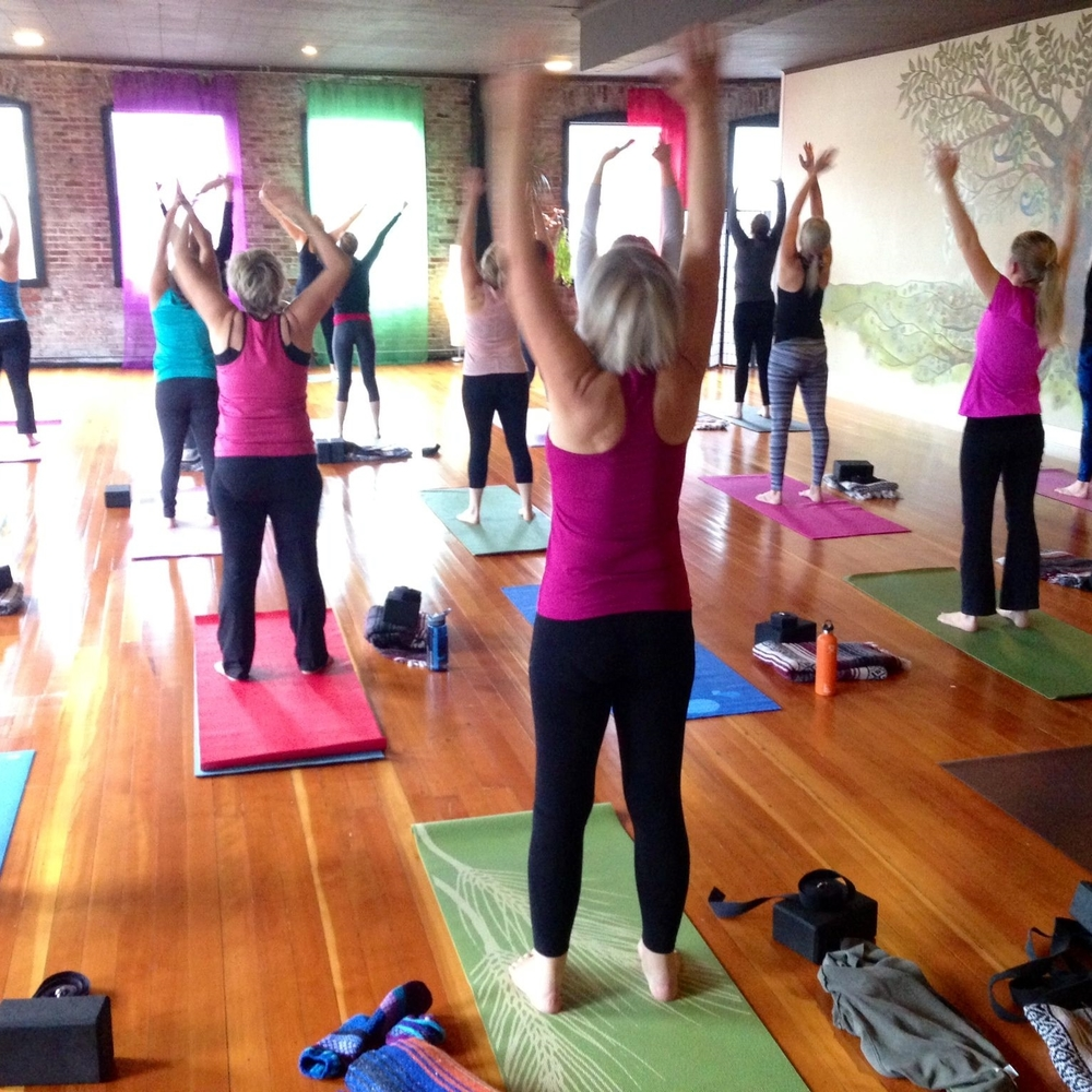 vinyasa-yoga-sherwood-oregon-escape-to-yoga