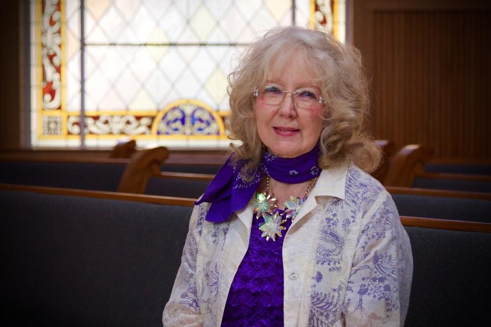 Marilyn Lee , Organist