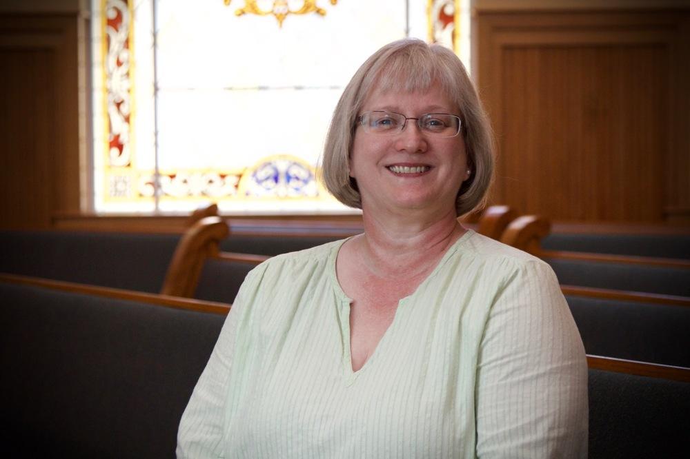 Cathy Blackwood , Bookkeeper