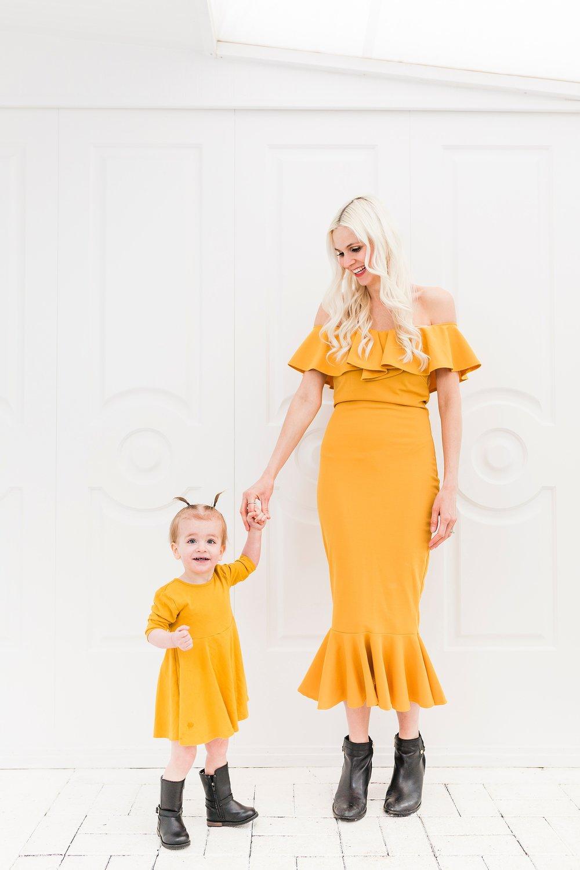 edmonton motherhood portrait.jpg