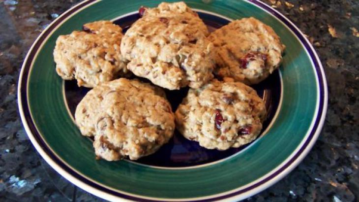 Kitchen-Sink-Cookies-Recipezaar_3-167797.730x410