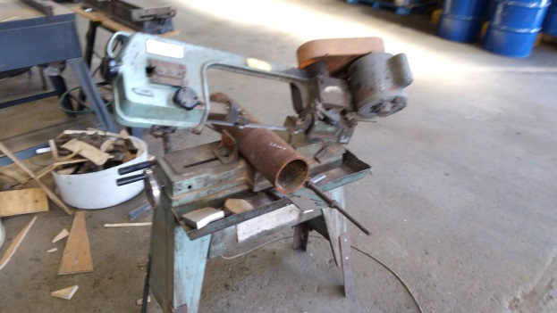 Pipe in a band saw