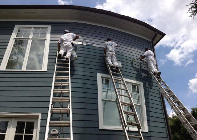 blue exterior_ladders.jpg