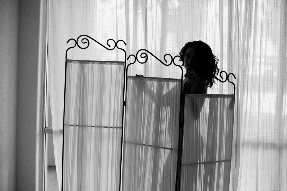 Peaches and twine fine art film photography fine art boudoir bridal boudoir film boudoir phoenix boudoir photographer 2.jpg