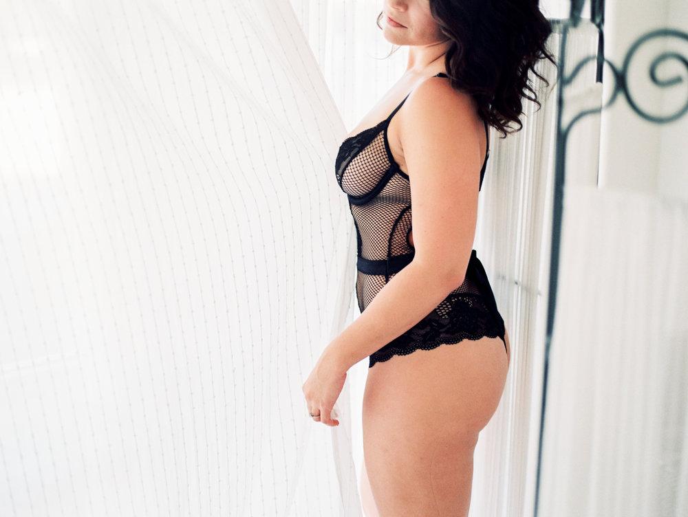 Amanda Boudoir (23).jpg