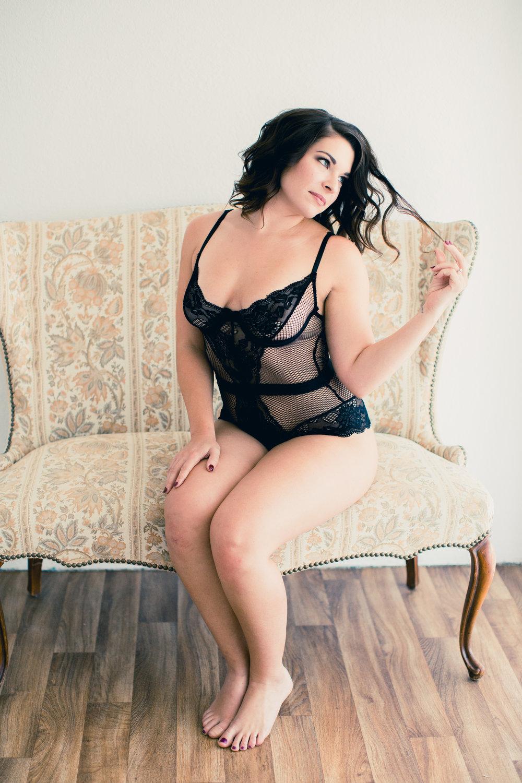 Amanda Boudoir (30).jpg