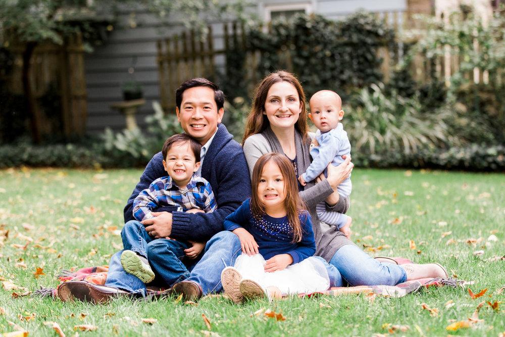 SMP_Emily Nguyen Family_Oct 2017-11.jpg