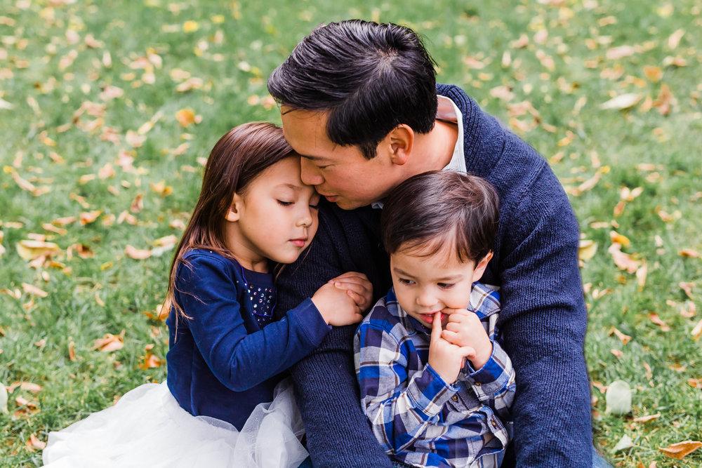 SMP_Emily Nguyen Family_Oct 2017-16.jpg