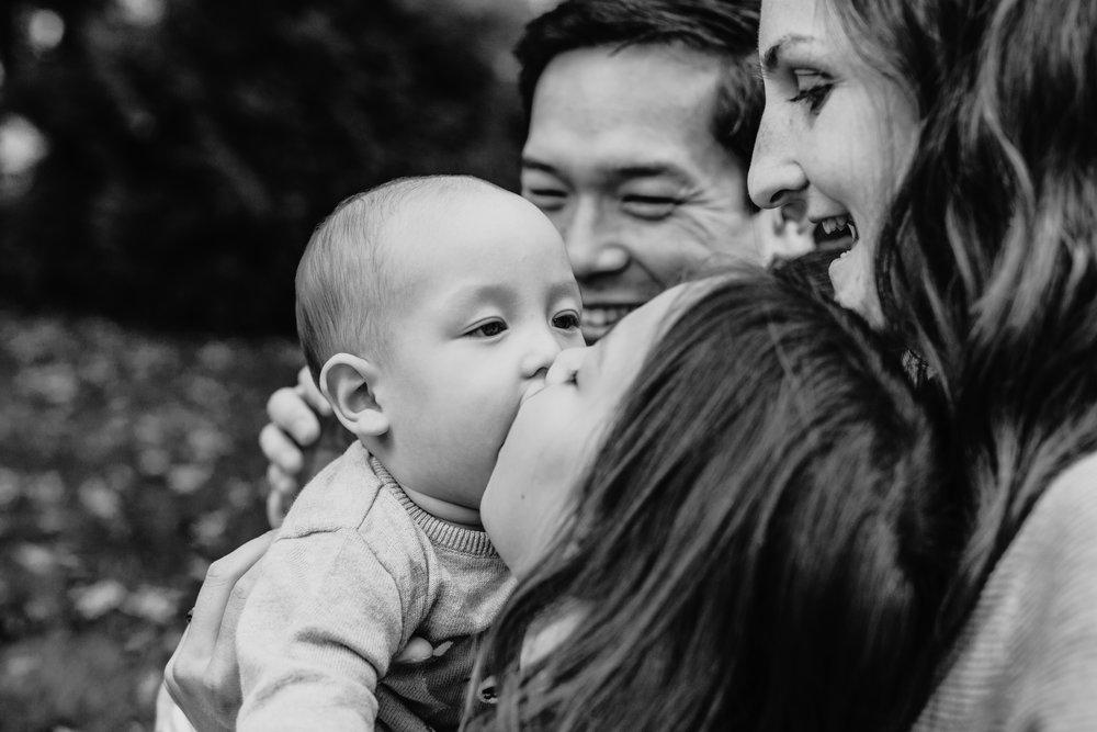 SMP_Emily Nguyen Family_Oct 2017-23.jpg